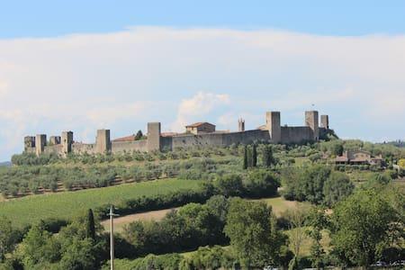 Appartamento in castello medievale - Monteriggioni - Apartment