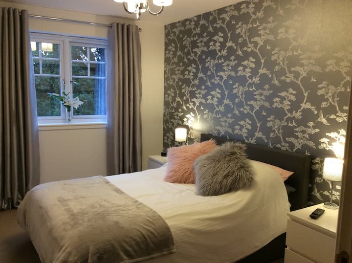 Double Room with amazing view.On Heart 200 Route!