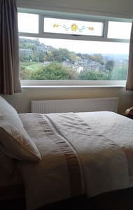 Pleasant, clean B&B - Golcar - Haus
