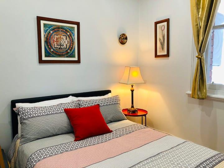 Cozy En-suite room in center Hawthorn near station