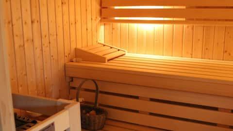 Gartenoase a.Ahsestrand Sauna /Kamin im Zimmer