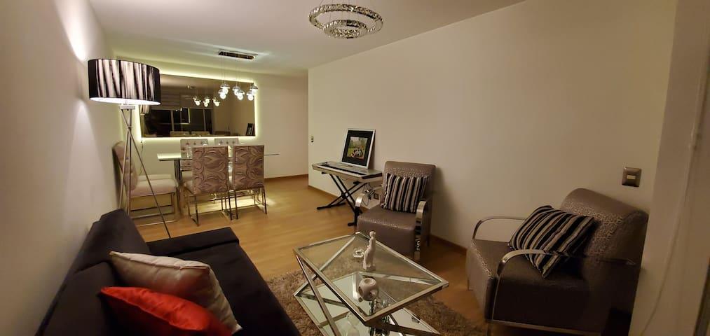 Acogedora habitación en Miraflores. Zona turística