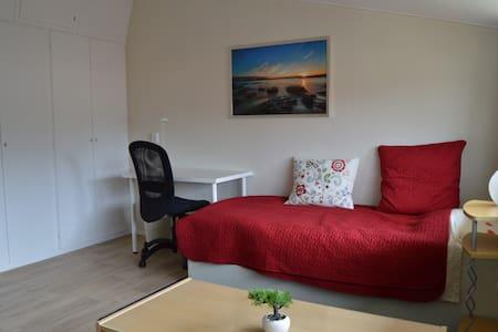 Room near University of Twente - Enschede - Ház