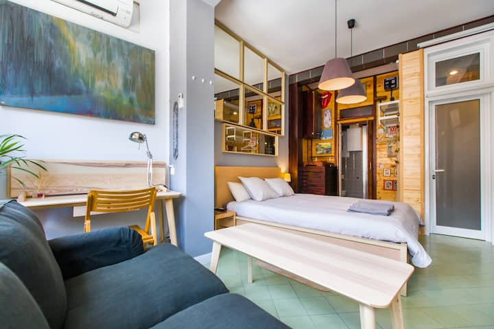 Great Bedroom in Large Studio in Central Barcelona