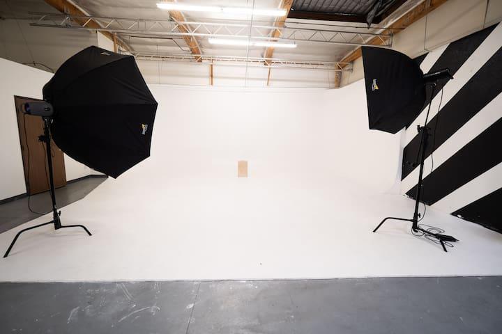 Van Nuys Studio