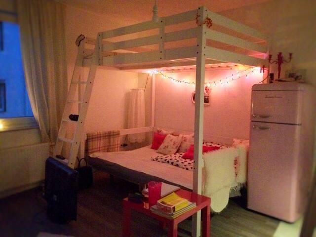 1 Zimmer Wohnung - Essen - Bed & Breakfast