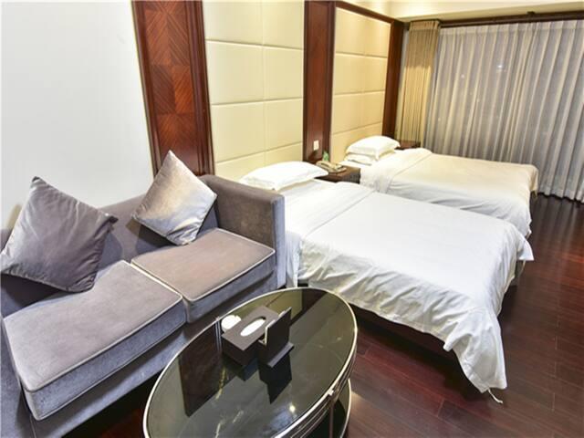 磨碟沙地铁口,距离广州塔、琶洲展馆不到2km,精装公寓 - กวางโจว - อพาร์ทเมนท์