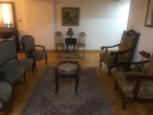 Apartment in heart of Mohandeseen