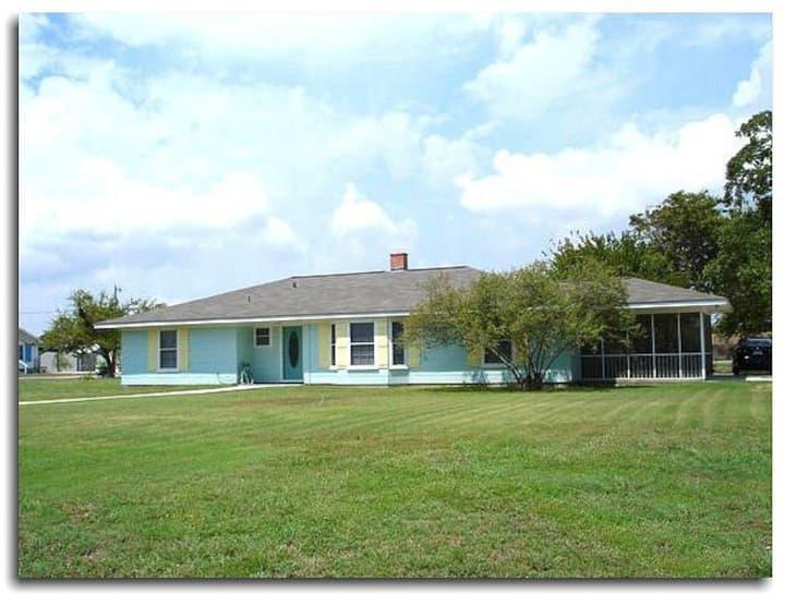 (3 bedroom) home Los Delfines Matagorda, Texas