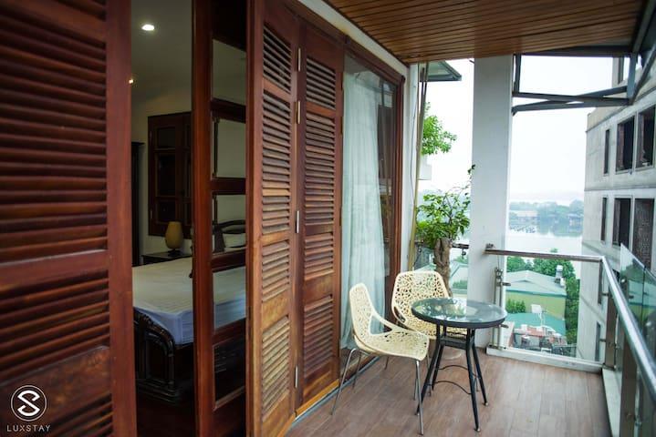 Hanoi West Lake Stunning View Apartment #6