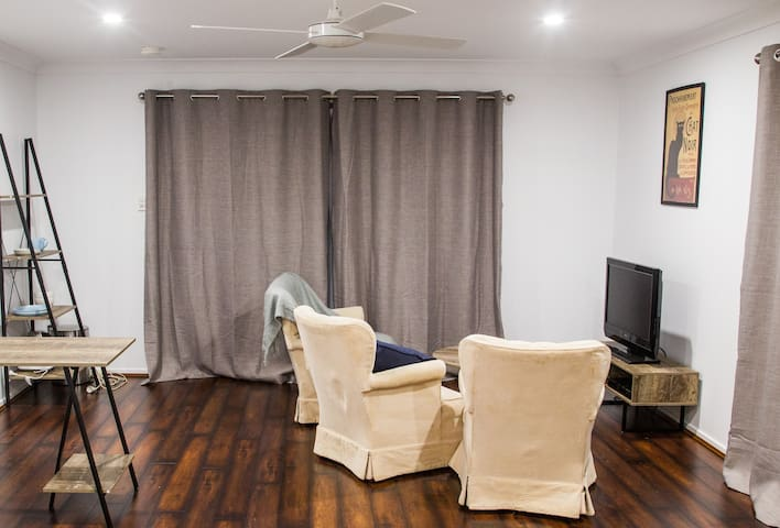 Quiet & Quaint Private quarters in Ballina Heights