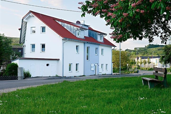 """braviscasa - Fewo """"Haus am Bach"""" B6"""
