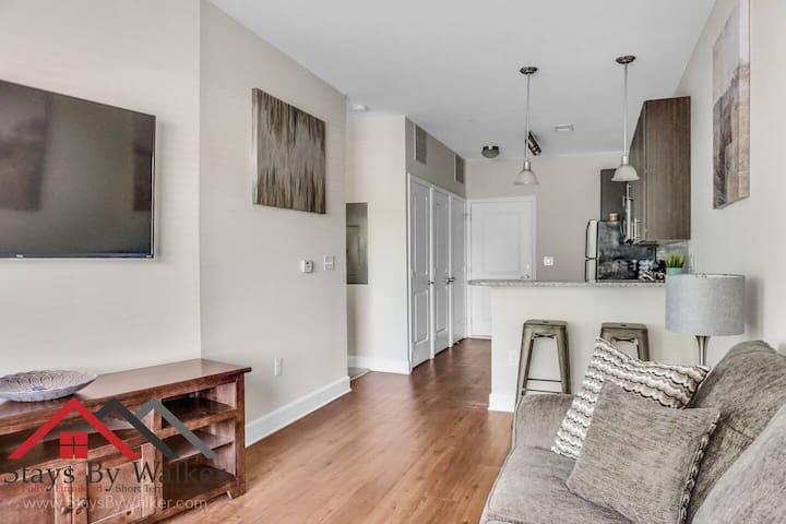 ❤️ King Bed ★ 2.5 Miles To Uptown ★ Gym (510 SqFt)