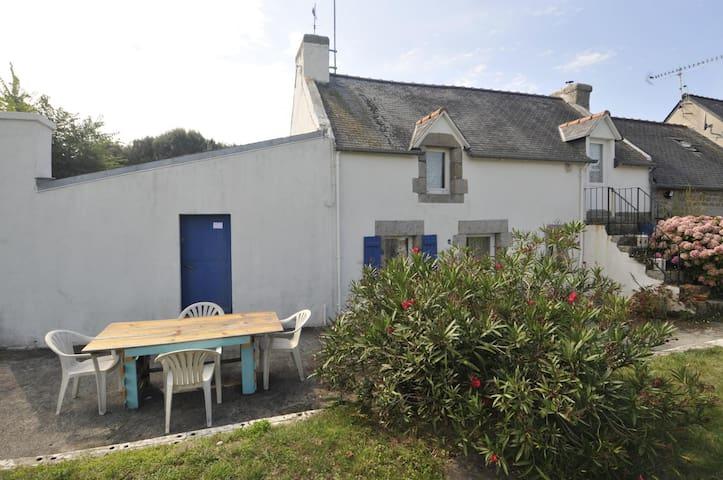Petit penty - ancien abri de pêcheur - Trégunc - Huis