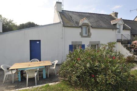 Petit penty - ancien abri de pêcheur - Trégunc - Haus