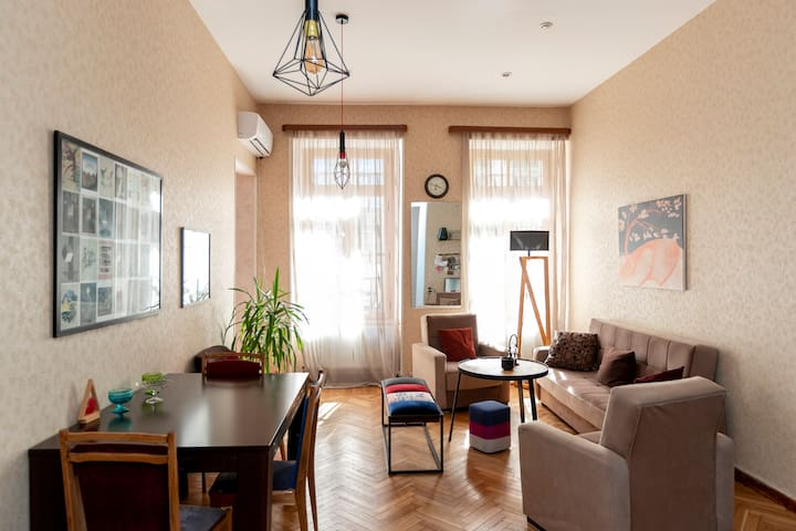 Cozy and colorful apartment with balcony