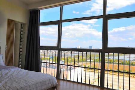 滇池南岸、郑和故里一创新公寓