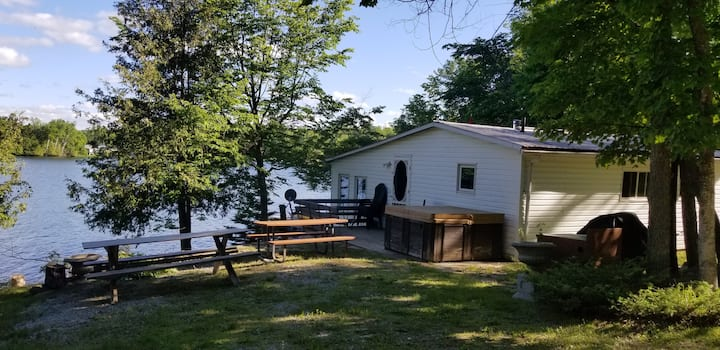 Tichborne-Bobs Lake:  Cabin at the waters edge.