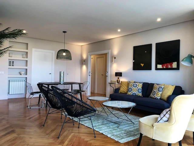 Apartamento céntrico de lujo con vistas al mar