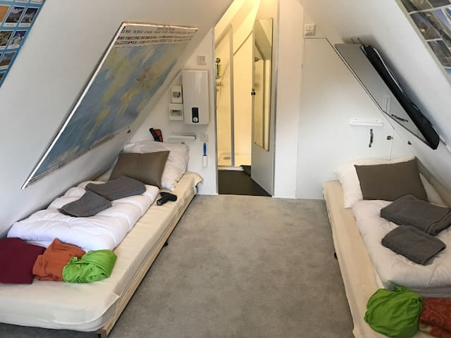small smart cozy home with bathroom - Munster - Huis