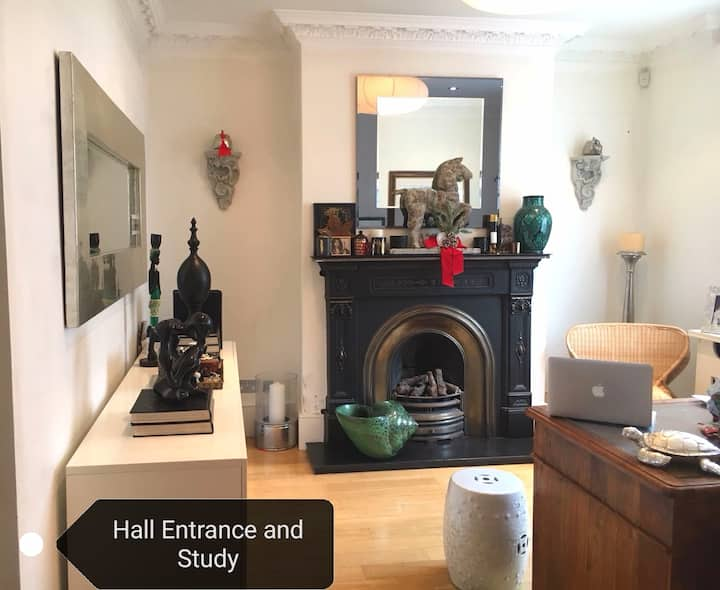 *Central* Camden*Private cosy Bedroom* Female only