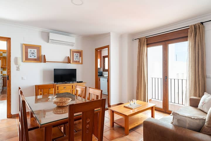 Marvelous Apartment in City Centre Close to Beach with Balcony, Terrace, Air Conditioning & Wi-Fi