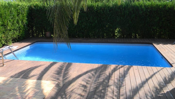 Private 2 bedroom house with own swimming pool