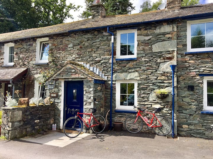The Old Cop Shop - Walk to Ullswater and Glenridding.