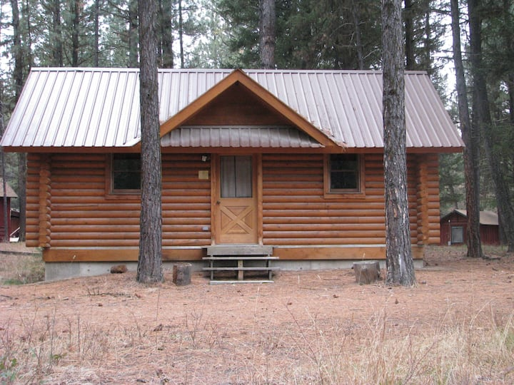 Lubrecht Forest Uncle Bob's Cabin