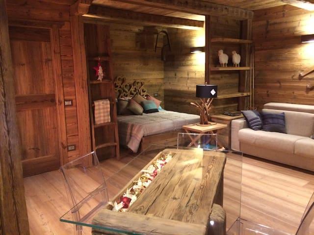 La magia del legno ad Alagna - Alagna Valsesia - 公寓