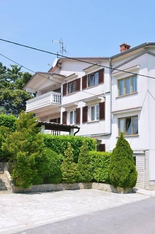 Ferienwohnung 4681-1 für 3 Pers. in Opatija