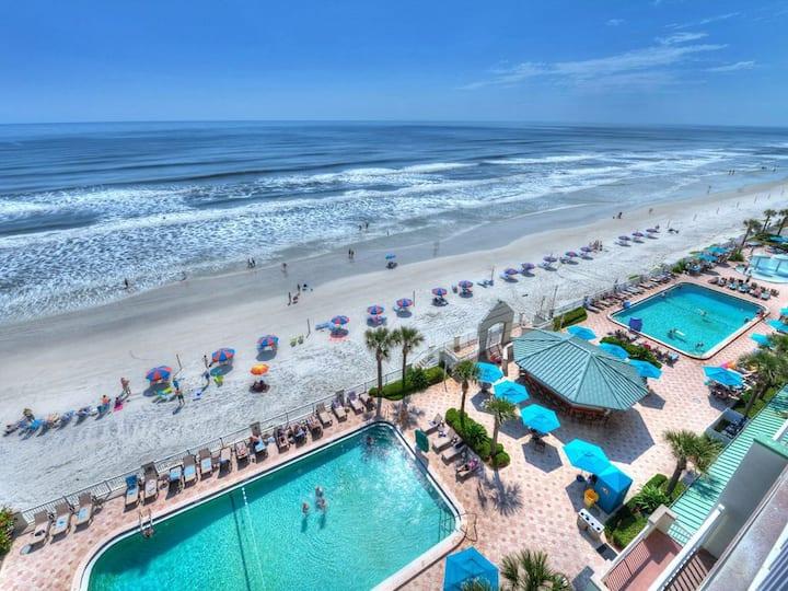Beachfront Resort City-view 4Pools Kitchen Daytona