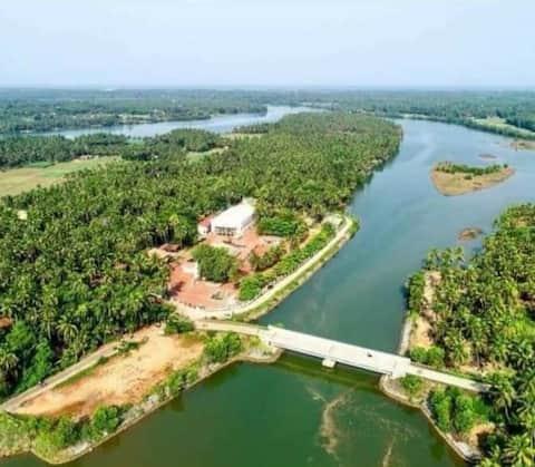 Shetty's Riverview farm