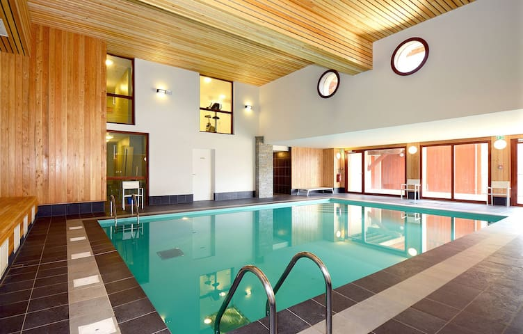 Studio cosy et charmant proche des pistes, avec accès piscine + sauna