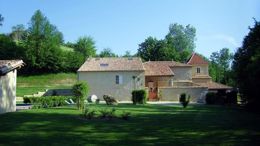 Le Moulin du Domaine Jean Got proche de St Emilion
