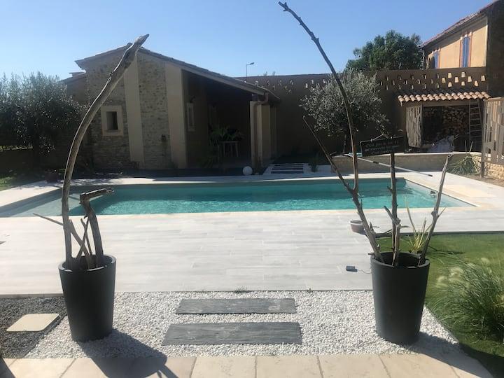 Grande maison avec piscine à Rasteau