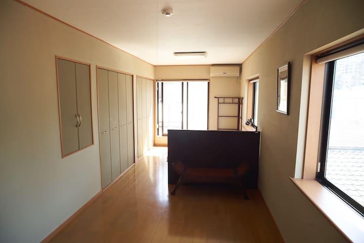 3F Queen Bedroom