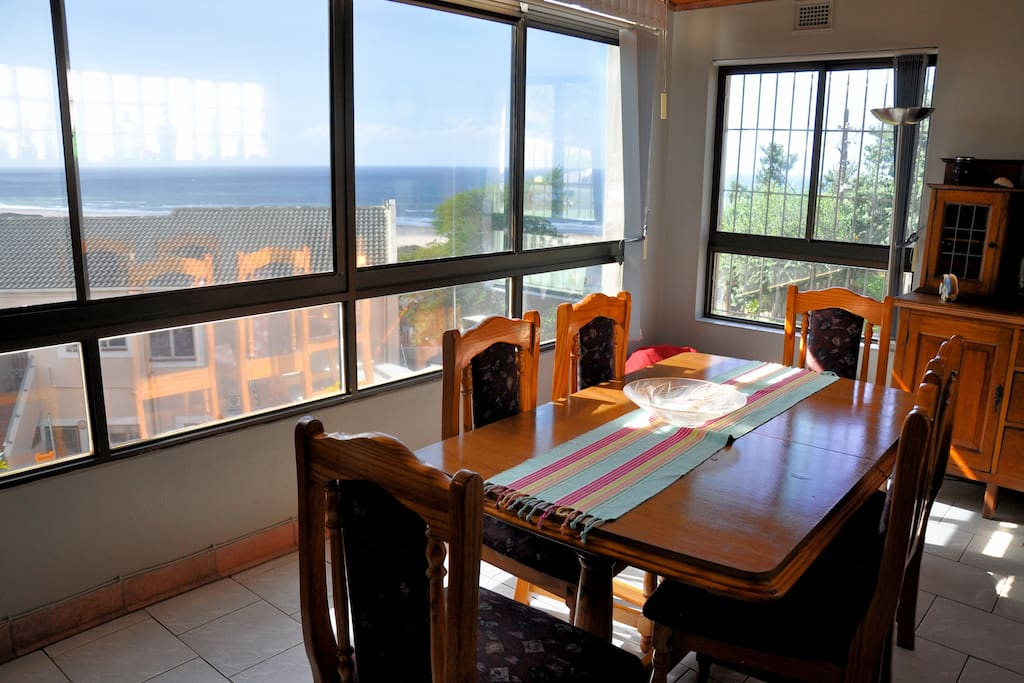 Full sea views from all the rooms. Big sliding windows for the fresh breeze.