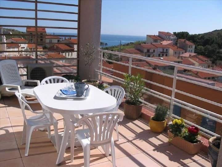 Appartement 2 ch/4 pers terrasse vue mer et port