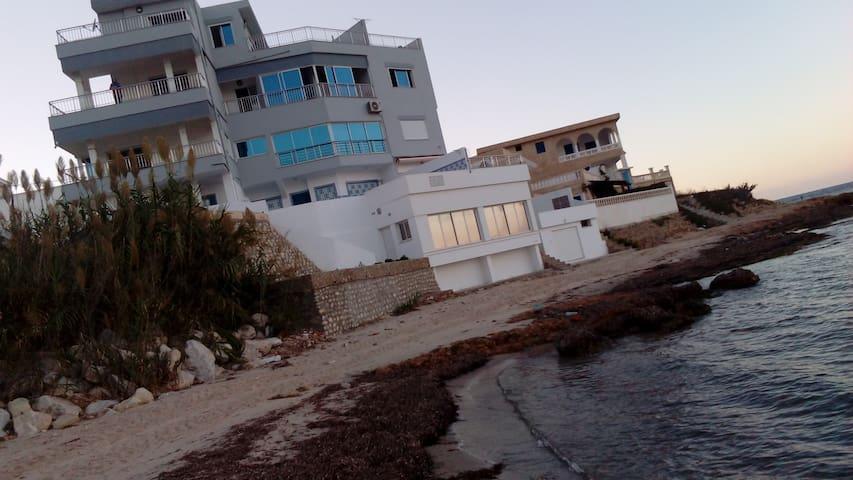 Sejour romantique et tranquille à Bizerte Tunisie