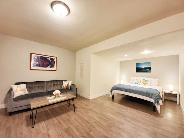 Newly renovated home in the heart of Denver!