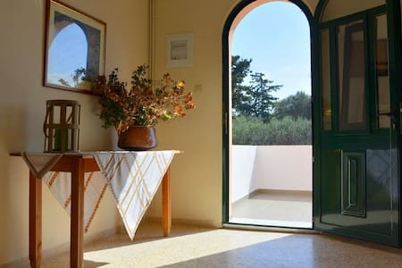 Peaceful 5-Bedroom House for Cretan Nature Lovers! - Σπίτι