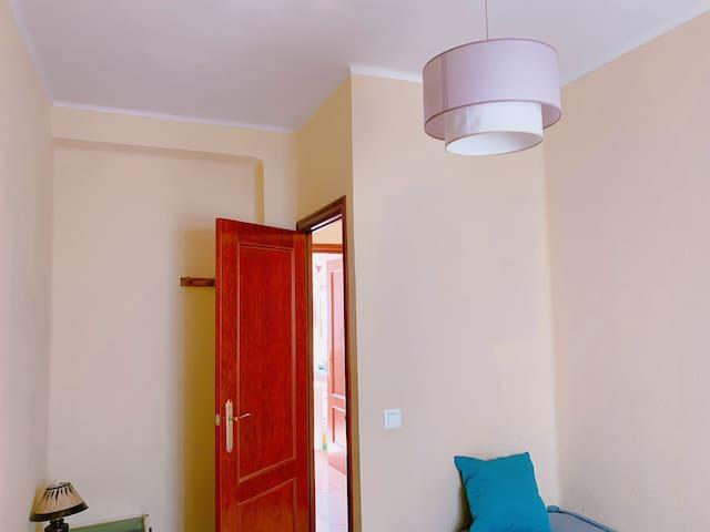 ROOM FOR ONE PERSON @single room@SANTA JUSTA