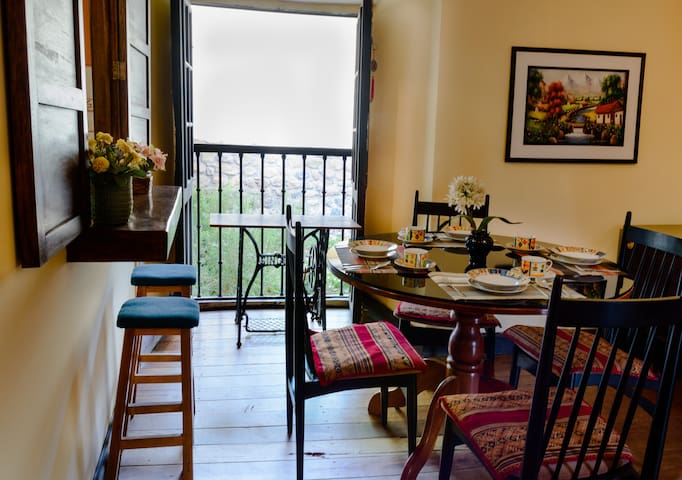 BEAUTIFUL COLONIAL HOUSE IN THE HISTORIC CENTER - Cusco - Hus