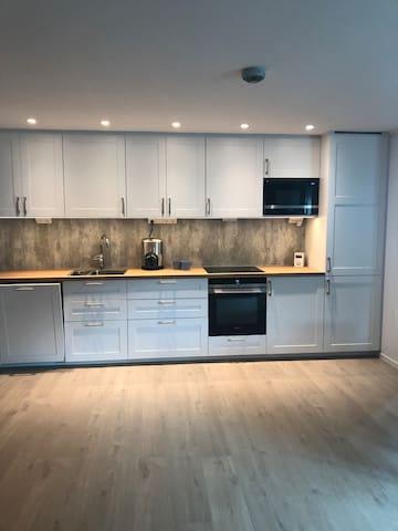 Ny leilighet ved sjøen