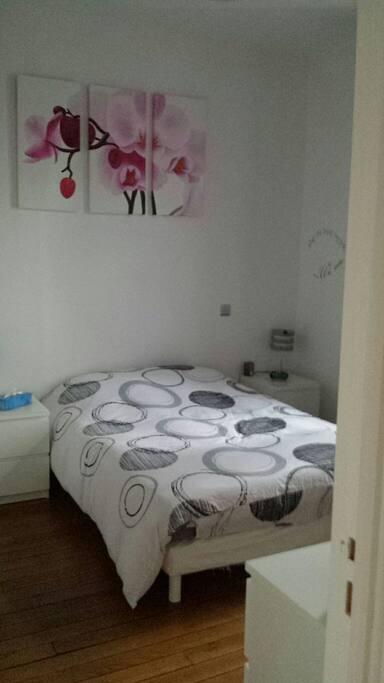 chambre priv e appartements louer melun le de france france. Black Bedroom Furniture Sets. Home Design Ideas