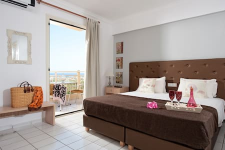 Superior studio Sea View Share Pool (D)+ Breakfast - Malia - Appartement