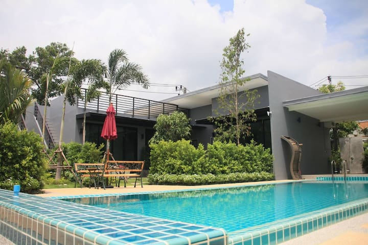 Nice 2BD Pool villa/wifi/upto6/D/