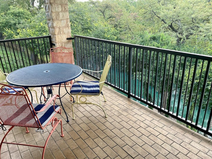 Double Balcony River Condo