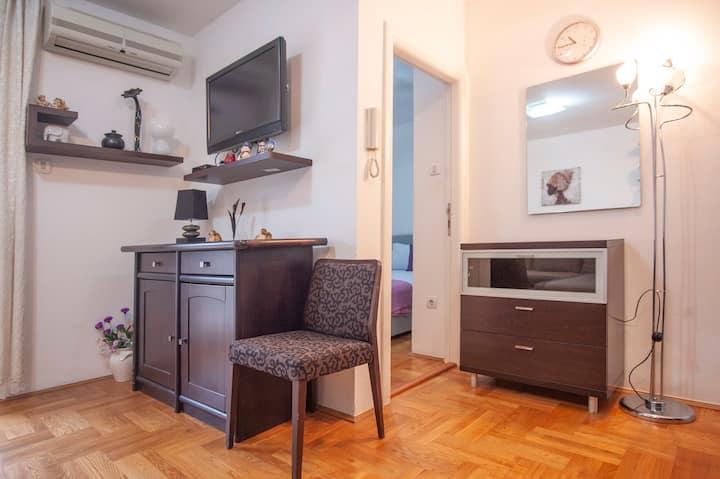 DISCOUNT Apartment SELMA 2 BUDVA + CRIB FREE